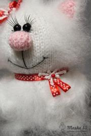 Кошечка с сердечком